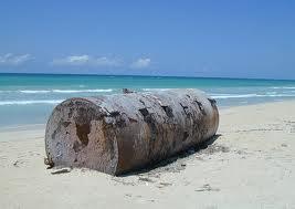 Livorno tra bugie, cobalto e il mare bene comune da salvare