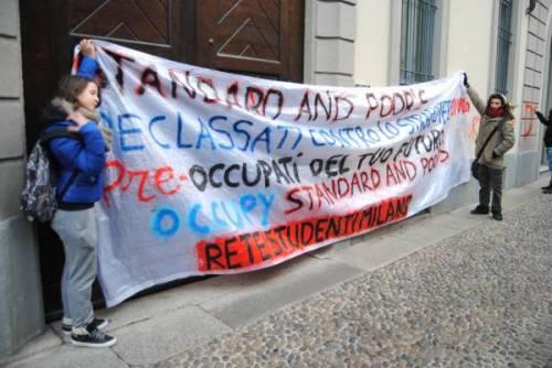 Rete Studenti Milano in azione contro la crisi!