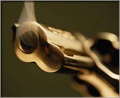 La pistola e il vigile di quartiere