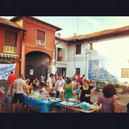 """""""Baggio ci piace così"""": esperimenti di cambiamento di un quartiere. Partendo dalle relazioni"""
