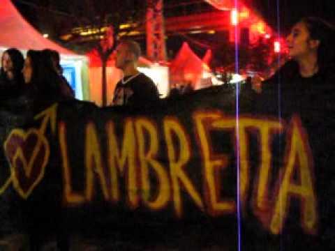 Festa del Pd: il Lambretta fa visita al banchetto dell'Aler -VIDEO