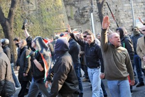Bergamo – Tentorio e i neofascisti: un flirt senza fine!