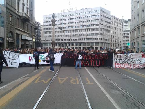 #14Nov – General Strike. Diretta, foto e video del corteo di Milano