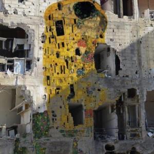 """Il bacio"" di Klimt dipinto sui muri siriani"