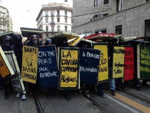 Processo per il 14Nov, gli studenti non si denunciano! Striscioni in solidarietà nelle scuole (foto)
