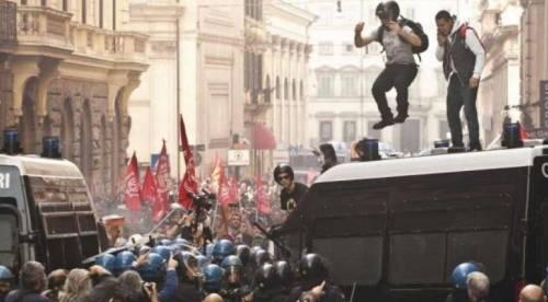 Roma, arresti contro i movimenti per il diritto all'abitare