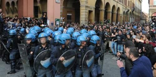 Libertà di movimento: fogli di via a Bologna, a Roma scarcerati attivisti