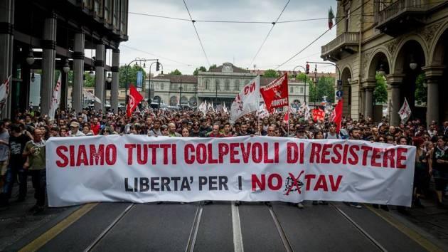 Torino è No Tav! In ventimila in piazza!