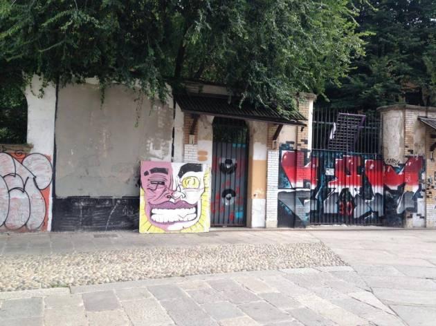 Cancellato il graffito per Carlo Giuliani, storie di ordinaria miseria umana