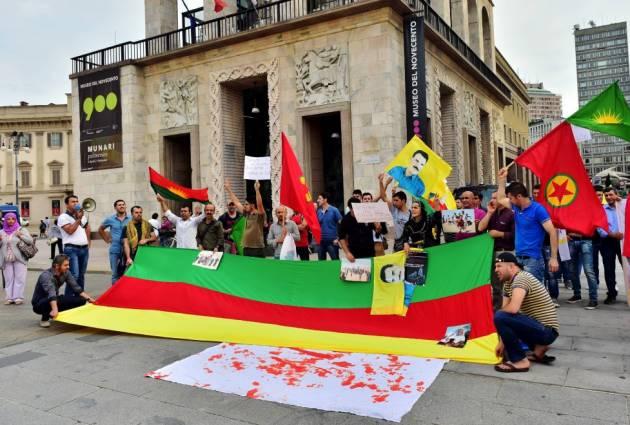 [DallaRete] I Kurdi in piazza: «Basta con imassacri»