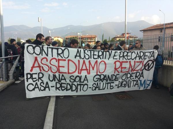 [DallaRete] Renzi assediato a Brescia: corteo, blocchi stradali, cariche di Polizia e fronteggiamenti