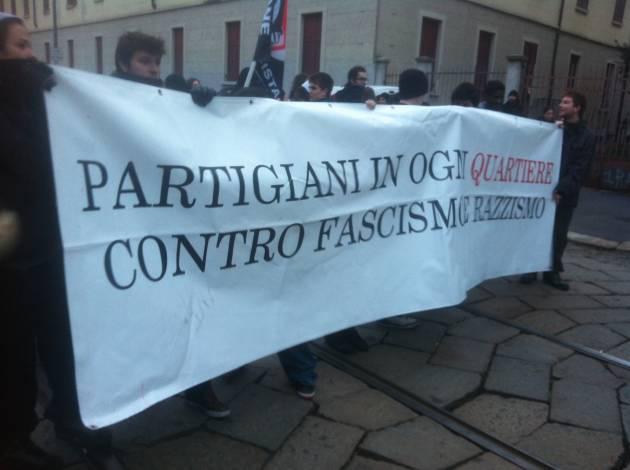 Dopo Gratosoglio anche in Stadera: fascisti protetti dalla Polizia, antifascisti caricati!