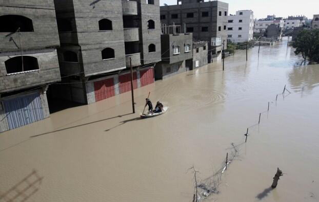 [DallaRete] Israele apre le dighe e inonda la Valle di Gaza