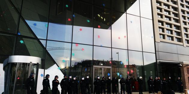 [DallaRete] È giunto il momento di agire! #18M a Francoforte!