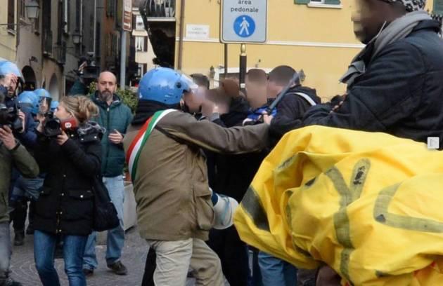 [DallaRete] A Brescia il sindaco è la Questura. E mena