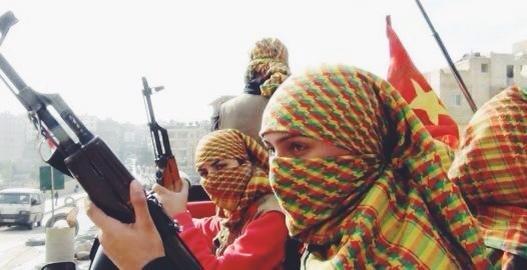 Un chai con Meryem Kobane, comandante dello Ypj e partigiana curda