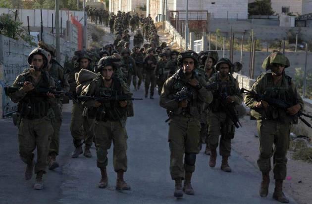 [DallaRete] Hebron invasa da truppe israeliane in esercitazione militare: decine gli intossicati