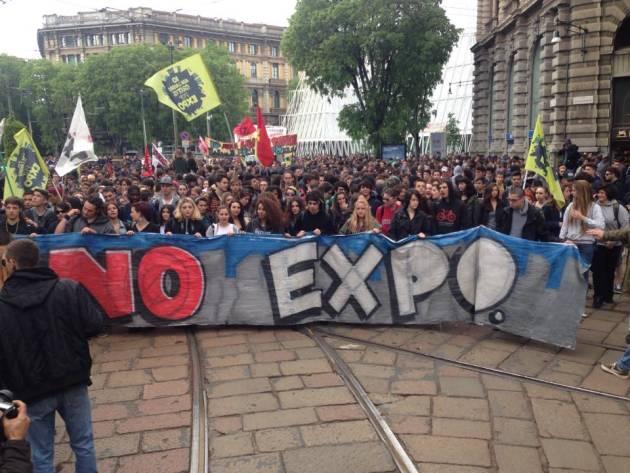 Milano – Corteo studentesco NoExpo – la diretta (foto e video)