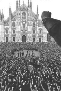 1975-francesco-radino-funerali-di-giannino-zibecchi-milano