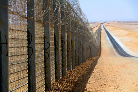 [DallaRete] Striscia di Gaza: chiuso il valico di Rafah, 90mila palestinesi bloccati
