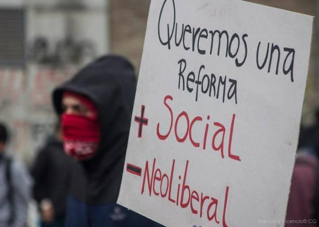 [DallaRete] Cile: proseguono le mobilitazioni, uccisi due studenti