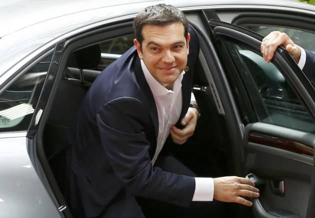 [DallaRete] Tsipras: «No ai ricatti e agli ultimatum». E annuncia il referendum il 5 Luglio