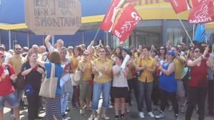 [DallaRete] Crumiraggio Ikea contro lo sciopero I lavoratori: i diritti non si smontano