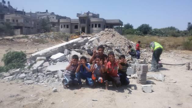 [DallaRete] GAZA. La ricostruzione della gente comune