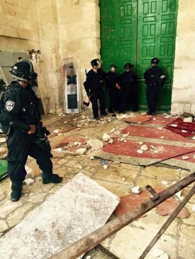 [News] Irruzione israeliana alla moschea di al-Aqsa a Gerusalemme
