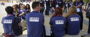 Milano, 01/06/2015 - Esposizione Mondiale Expo 2015, giovani lavoratori interni