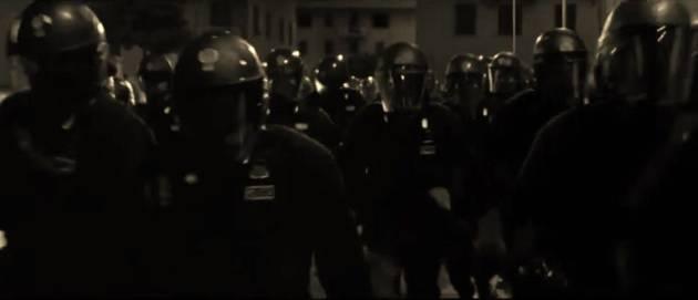 Tonfa, proiettili di gomma e raccolta del DNA. Il nuovo ordine pubblico in Italia?