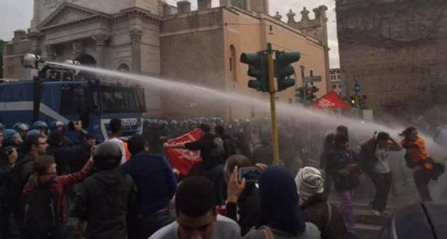 [DallaRete] Sgomberi a Bologna e cariche a Roma: guerra ai senza casa