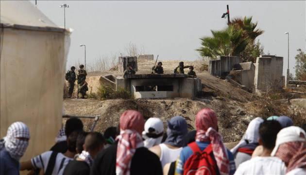 [DallaRete] Palestina – Israele punta di nuovo su Hamas, i manifestanti no