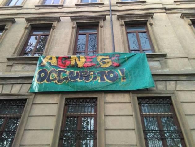 Prima scuola a Milano contro la Buona Scuola! L'Agnesi occupa