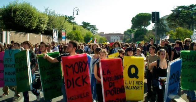[DallaRete] Senato 2010: studenti dell'Onda condannati