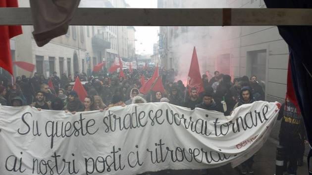 [DallaRete] Antifascisti in corteo a Bergamo