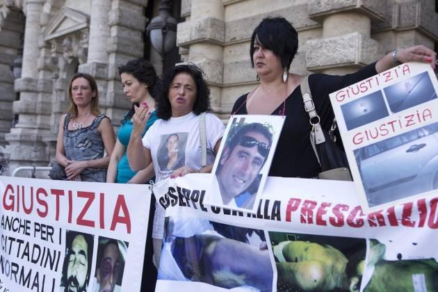 [DallaRete]  Abusi in divisa: i familiari delle vittime in missione a Bruxelles