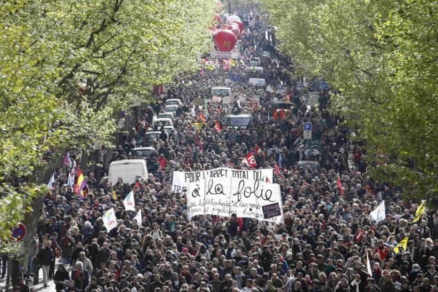 [DallaRete] Mezzo milione in piazza contro la «Loi Travail»