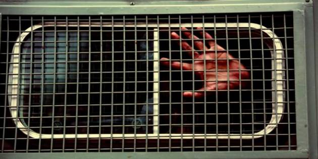 [DallaRete] Carcere di Piacenza: l'uomo che aveva registrato le violenze dei secondini è in condizioni gravissime