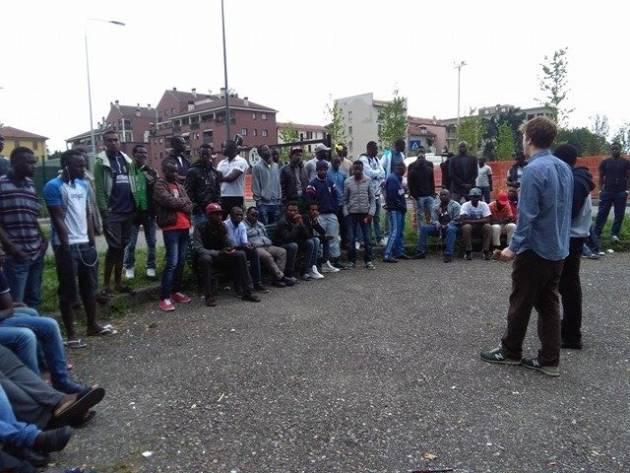Via Aldini – Majorino accetta le richieste dei rifugiati