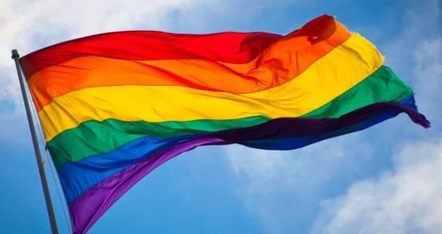 [DallaRete] Milano – Municipio 2, via la bandiera del Pride