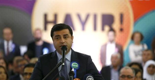 [DallaRete] Turchia – Richiesta per Demirtaş una pena detentiva di due ergastoli e 486 anni di carcere