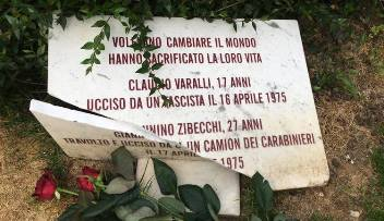 [DallaRete] Rimettiamo la lapide di Varalli e Zibecchi al suo posto – oggi 10G h. 18.30 @SantoStefano