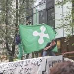 Milano – Studenti condannati per…furto di bandiera!