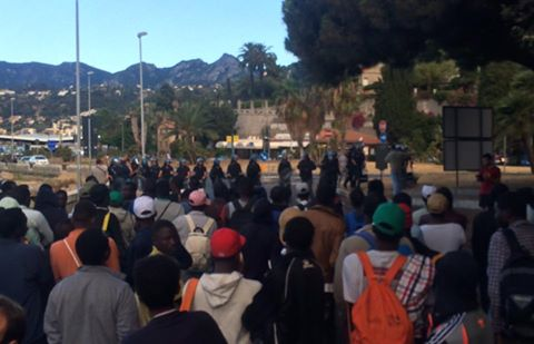 [News] Ventimiglia – I migranti rioccupano i Balzi Rossi