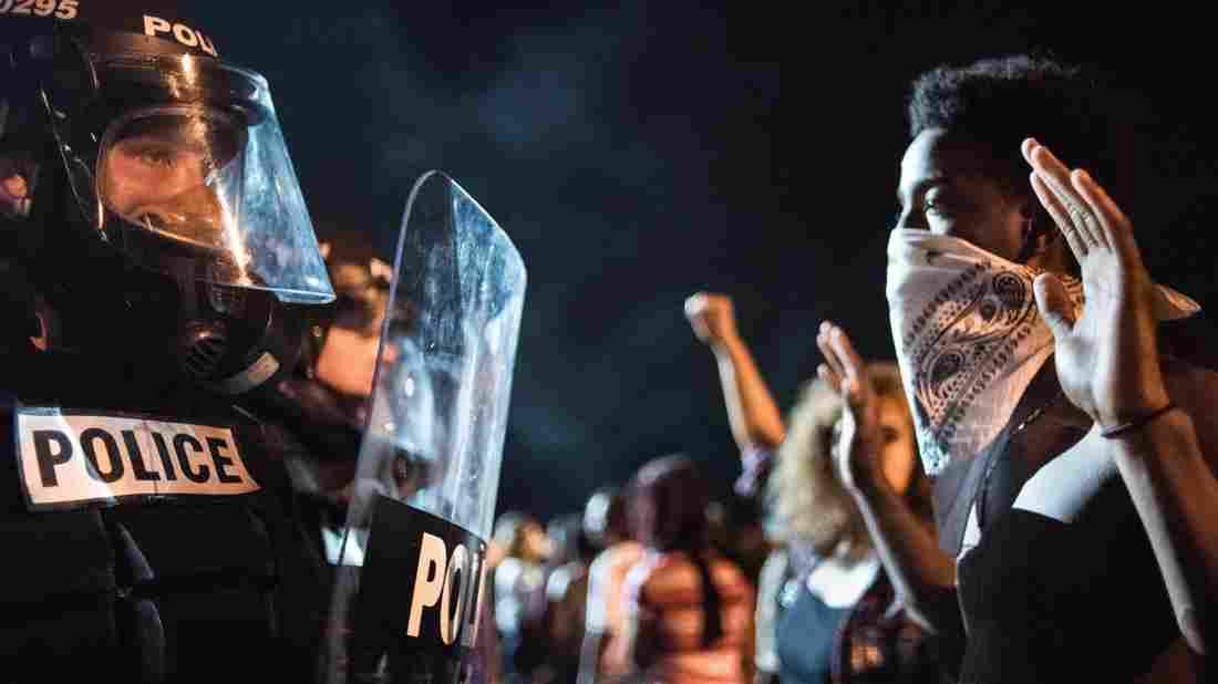 """[DallaRete] Le proteste di Charlotte verso una nuova guerra per i """"Black Rights"""""""