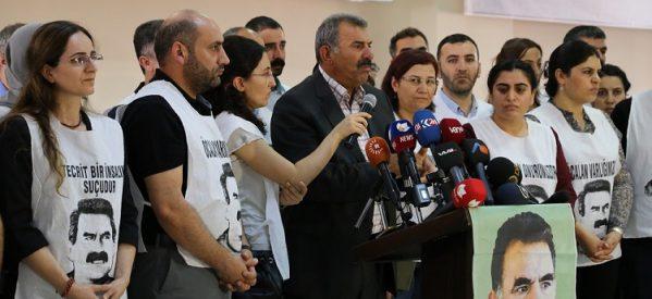 [DallaRete] Ocalan: l'isolamento continua, non ho problemi dal punto di vista fisico