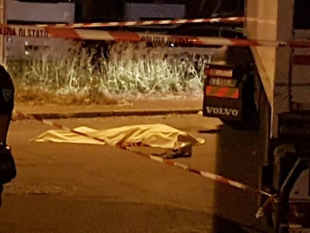Piacenza – Operaio travolto e ucciso da un tir che ha forzato il picchetto davanti a un'azienda
