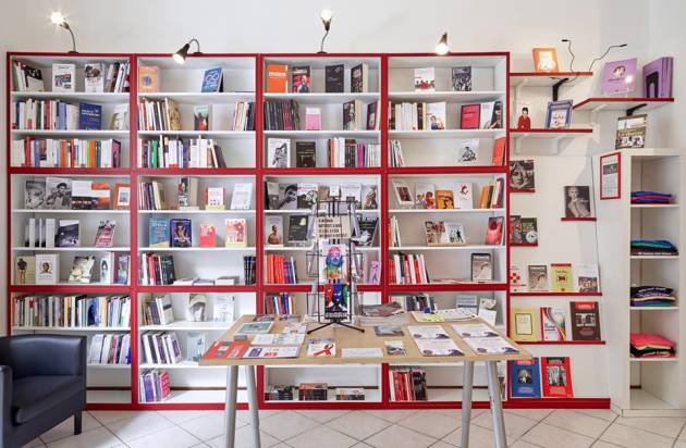 Libreria Antigone – Un'intervista