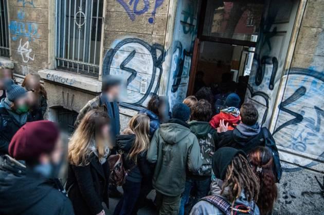 Milano – 5 denunce per l'occupazione di ZIP